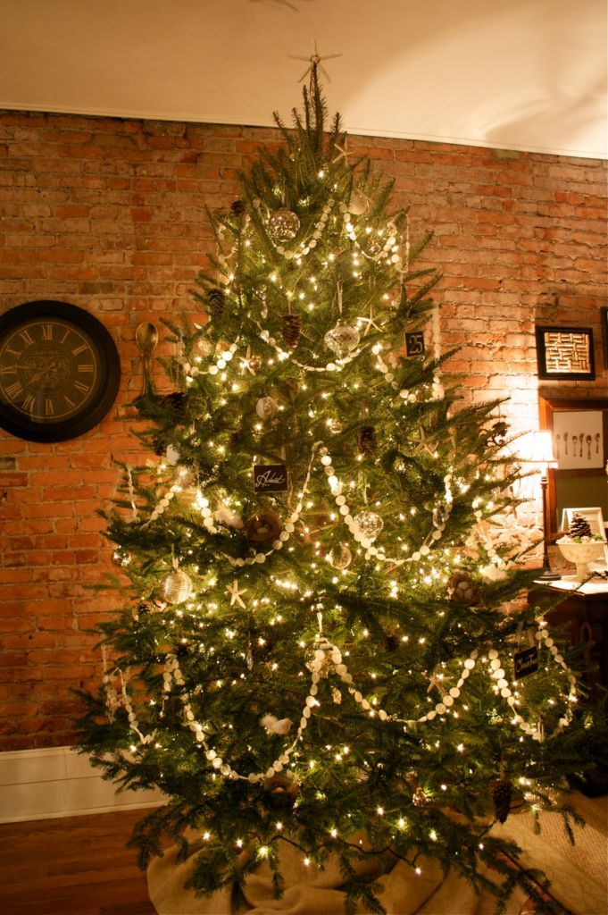 23 most beautiful christmas tree ideas top do it for A common decoration for the top of the tree