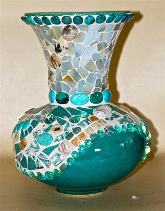 9 Colorful Diy Mosaic Vases